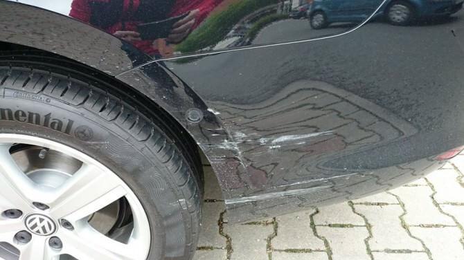 Unfall VW Golf Spinnerei